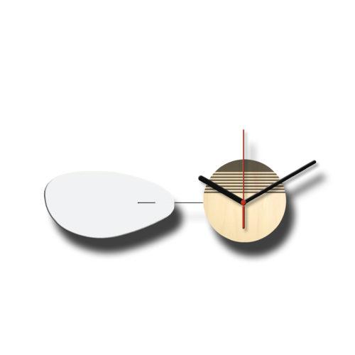 Horloge Murale Personnalisable Solo composée d'un disque de bois gravé et d'une pale d'acier laquée Blanc Horizontale - Verso | Virvoltan