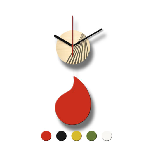 Horloge Murale Personnalisable Solo composée d'un disque de bois gravé et d'une pale d'acier laquée | Virvoltan