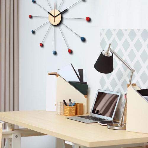 Horloge Murale Type George Nelson Personnalisable Dans Un Bureau Pendule En Forme De Soleil Bleu et Rouge | Virvoltan