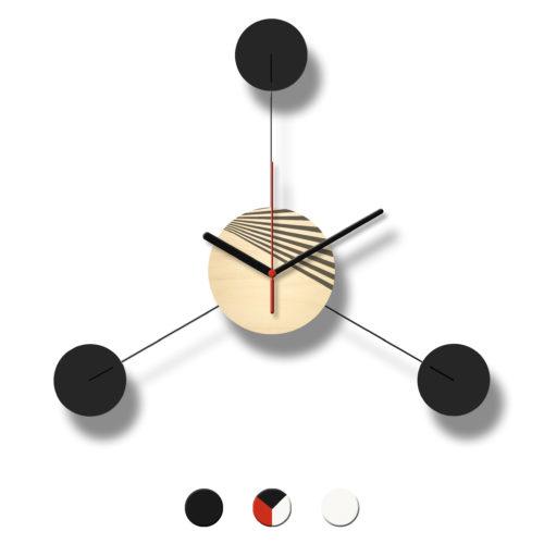 Horloge Murale Personnalisable Trio composée d'un disque de bois et de trois pales d'acier laquées | Virvoltan
