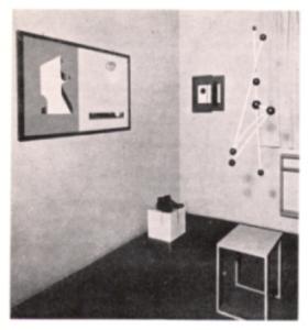 Macchina Aerea 1930 premier mobile de l'Histoire avant Calder